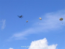 Der Tag des Fallschirmjägers