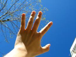 13.08 - Left-Handers' Day