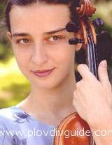 Violinist Daniela Shtereva to play with Redlands Symphony Orchestra