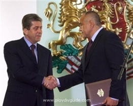 Bojko Borisow überreicht dem Staatsoberhaupt seinen Entwurf der Struktur und Besetzung der neuen bulgarischen Regierung