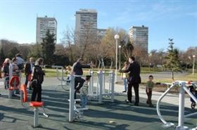 Rotari – Klub Plovdiv mit Projekt für Freilicht – Fitnessplatz