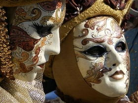 Exhibition of photos of Venetian masks at the City Art Gallery in Plovdiv
