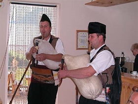 The First Museum of Bagpipes Was Established