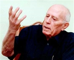 Спомен за писателя Николай Хайтов