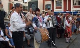 Ovationen für Rosental – Folkloreensemble in Pirot