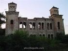 Crumbling down synagogue