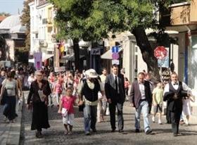 Мажоретки и духов оркестър дадоха началото на празника на Стария Пловдив