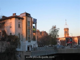 Plovdiv with 2B credit rating by Standard & Poors